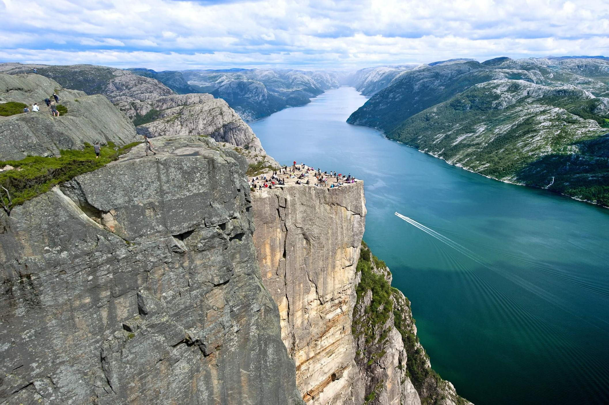 Private-Cruise-Kjerag-Floerli-23