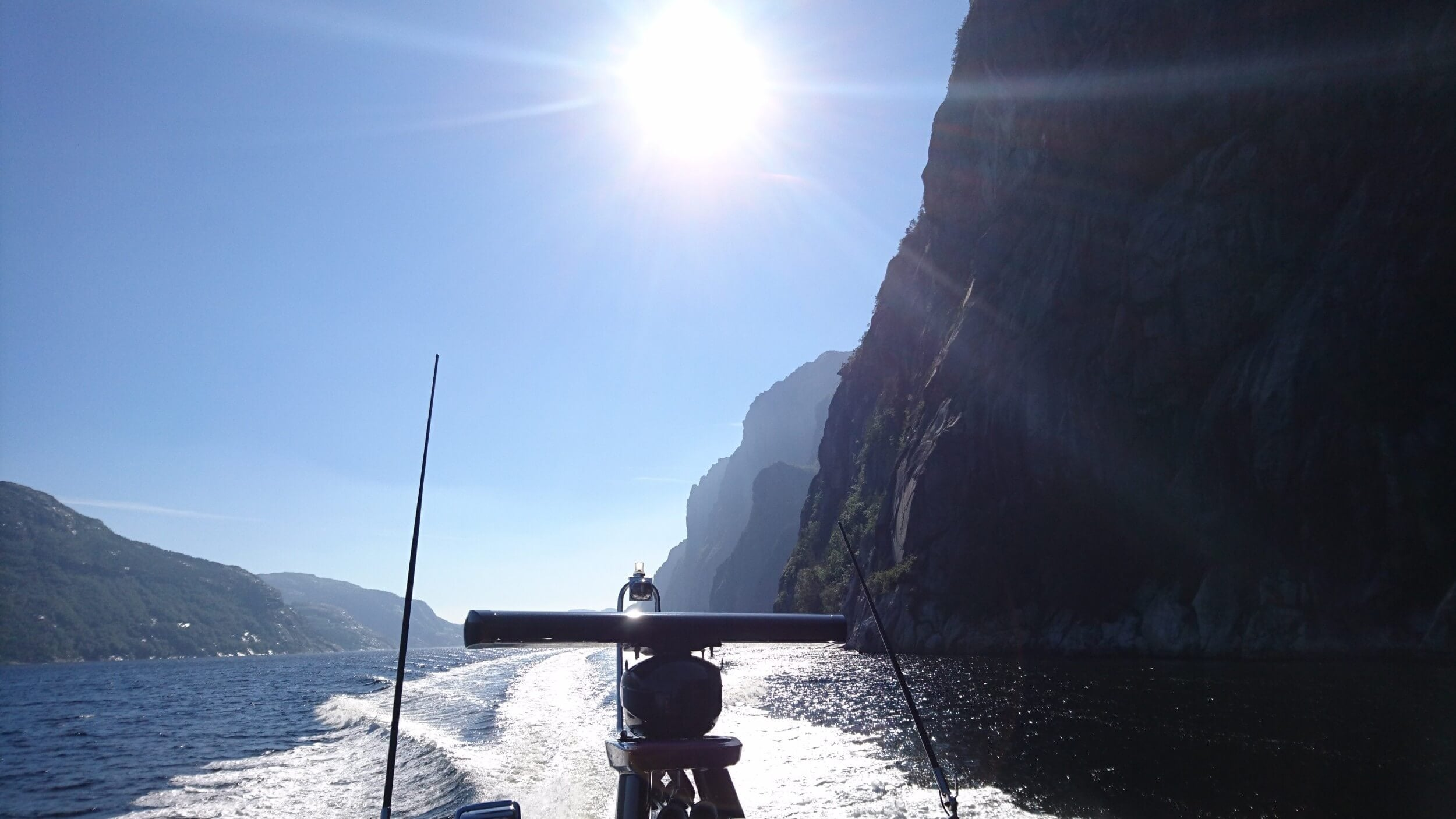 Private-Cruise-Lysefjord-Preikestolen-Pulpit-Rock-2-e1513763540226