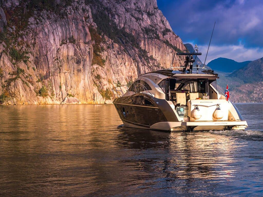 yacht img 15