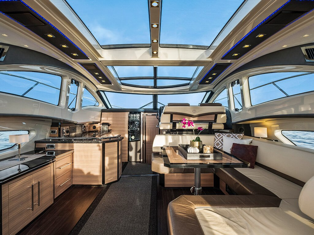 yacht img 3
