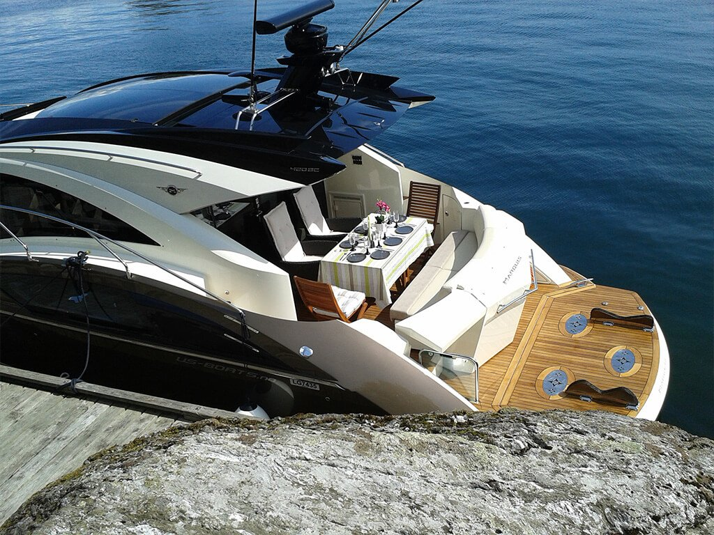 yacht img 8