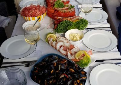 Food-PrivateCruise-Stavanger-1-Seafood-deluxe-extra-e1513632113946