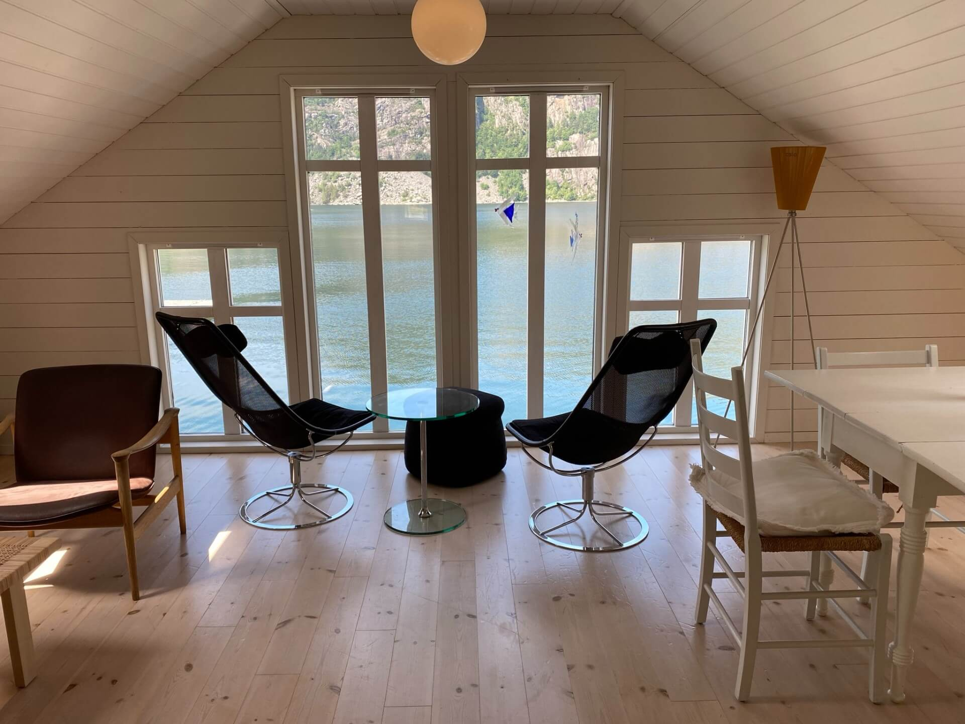 Utsikt direkte mot fjorden - Private Cruise